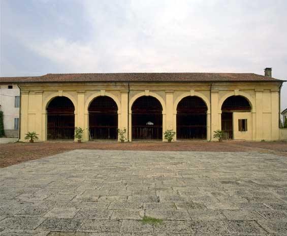 Arcades of the Villa Thiene Front (foto Guidolotti 1997)