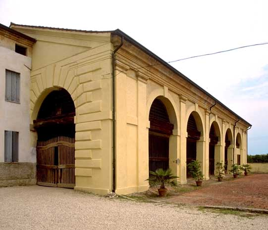 Arcades of the Villa Thiene View (foto Guidolotti 1997)