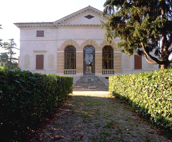 Villa Caldogno facade